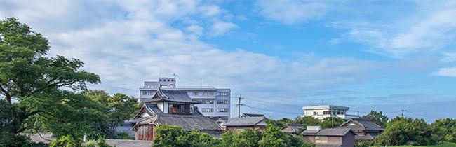 ローズガーデン野口元町から見た別府駅